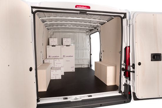 carrefour location fourgon 8 m3 fiat ducato. Black Bedroom Furniture Sets. Home Design Ideas